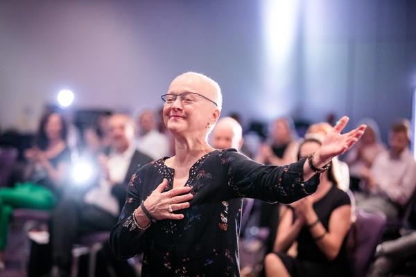 Rita Nolte beim Speaker Slam. Foto: Dominik Pfau