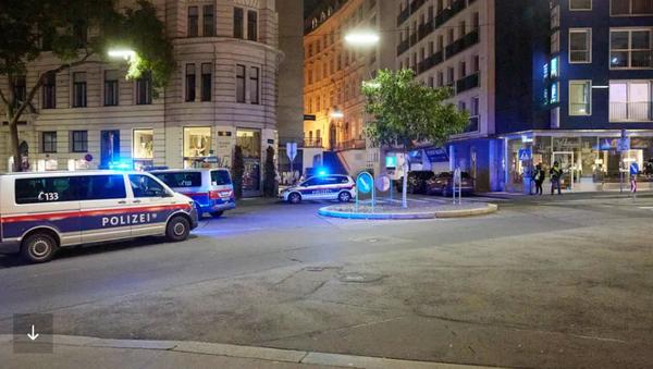 Augenzeugen berichten auf sozialen Medien von Terror-Nacht