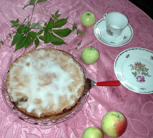 Oma Gretels Apfelkuchen gelingt am besten mit der alten Apfelsorte Boskop. Foto: Bärbel Schumann