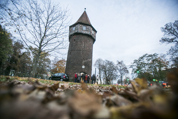 Am Döhrener Turm beginnt der letzte Abschnitt der Rundtour. (Foto: Insa Hagemann)