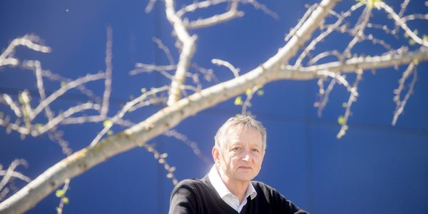 """AI pioneer Geoff Hinton: """"Deep learning is going to be able to do everything"""""""