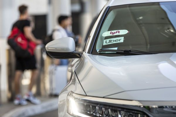 California Sides With Uber, Lyft, DoorDash on Prop 22 Gig Workers Labor Issu