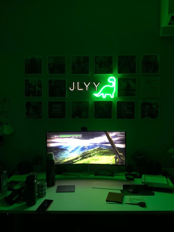 Recently bought some neon lights to decorate my desk, and also have an awesome background while filming YouTube videos! Really love how the dino pops!