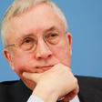 """Demoskop:  """"Nichtwähler und Verschwörungsfreunde erschweren Umfragen"""""""