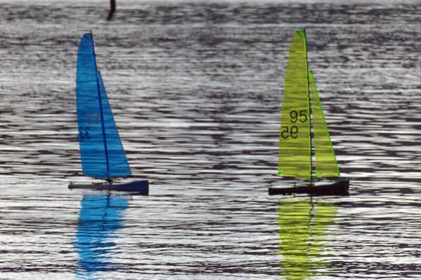 Kleine Segelboote (Foto: Monika Dietrich)