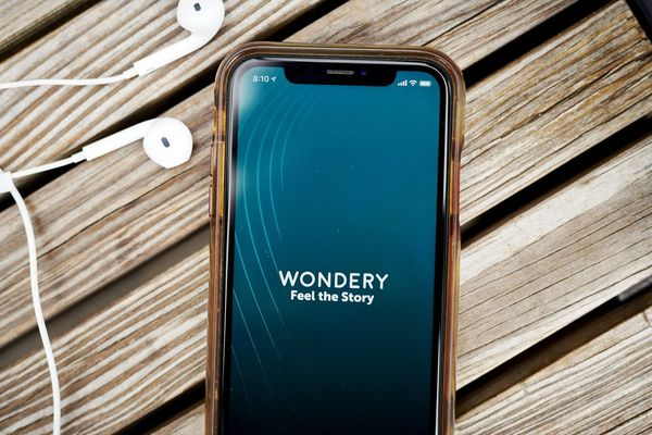 Apple, Sony Music Said to Hold Talks About Buying Wondery