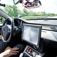 """Teslas FSD-System im Testmodus: Wenn das Auto """"wie ein Betrunkener"""" fährt"""