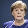Ein kleines Lächeln und viel Nüchternheit – Merkels Reaktion auf Bidens Wahlsieg