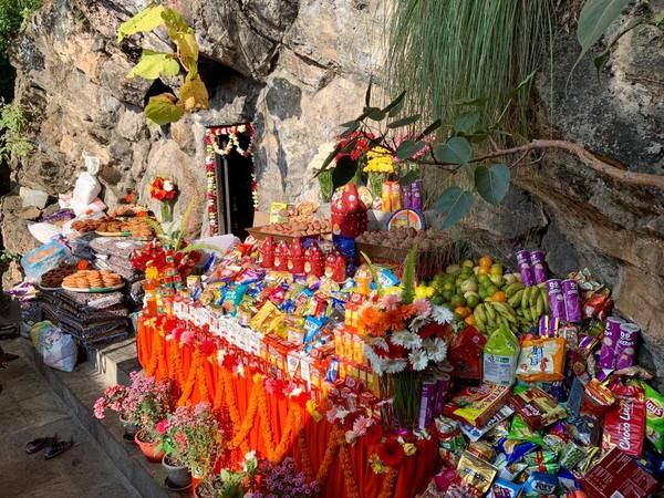 Guru Dorjé Draktsel tsok bum