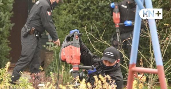 Leiche in Rendsburg gefunden: Polizei durchsucht Kleingarten nach Spuren