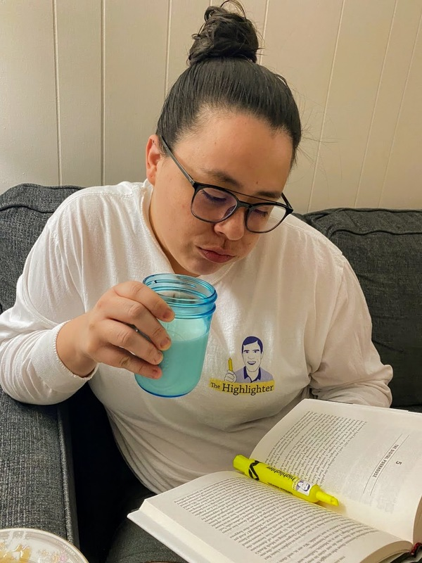 Longtime loyal reader and VIP Angelina finds that wearing her Highlighter T-shirt results in highly productive reading sessions.