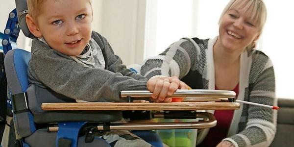 Wismar: Mutter kämpft um Leben ihres todkranken, vierjährigen Sohnes
