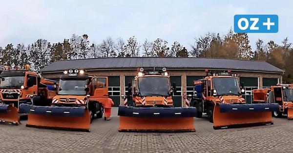 Räum- und Streufahrzeuge bereit: Auf Rügen kann der Winter kommen