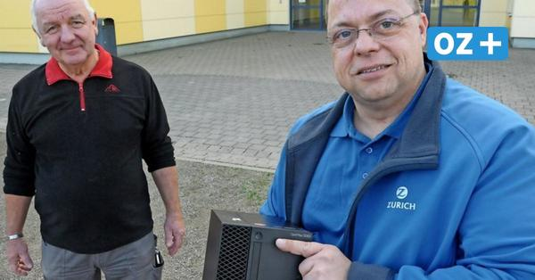 Dassow: Unternehmen schenkt Kindern an Schule 20 PCs für Digitalisierung