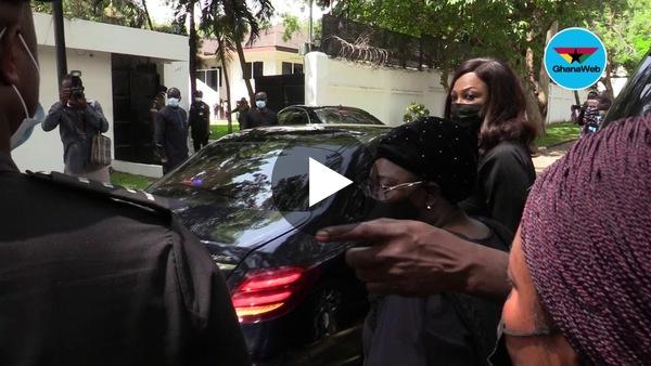 Akufo-Addo leads entourage to Rawlings' home
