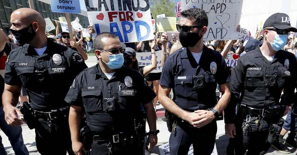 Los Angeles Police Just Banned The Use Of Commercial Facial Recognition