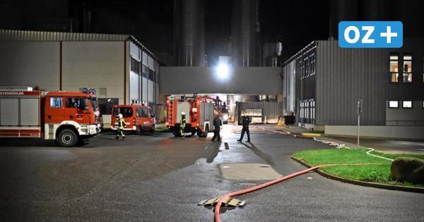 Feuer bei Arla in Upahl: 70 Feuerwehrleute waren Mittwochnacht im Einsatz