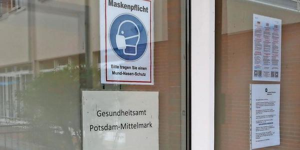Das Gesundheitsamt Potsdam-Mittelmark soll weiter personell verstärkt werden. Derzeit unterstützen bereits 26 Verwaltungsmitarbeiter aus anderen Bereichen die Behörde. Foto: Luise Fröhlich