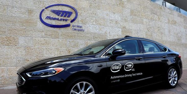 Luminar and Intel's Mobileye team up to develop a fleet of robo-taxis