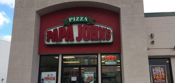 Papa John's adds AI phone technology to streamline operations