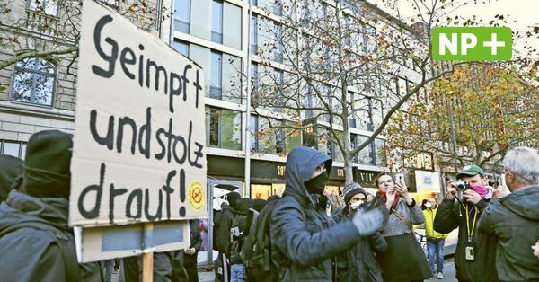 Hannover: Querdenker und Gegner demonstrieren am Sonnabend in der City