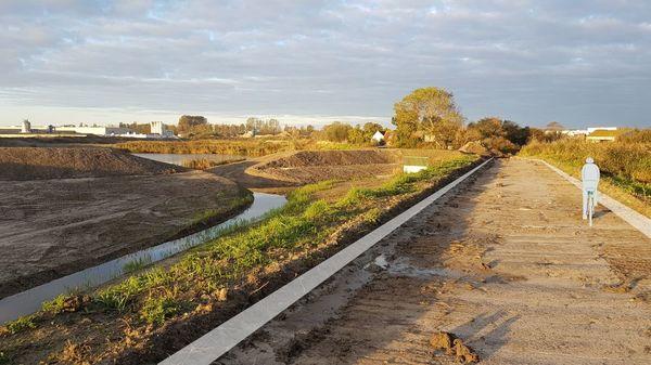 """La """"piste cyclable circulaire"""" de Veurne sera ouverte l'année prochaine - 'Circulair fietspad' Veurne volgend jaar open"""