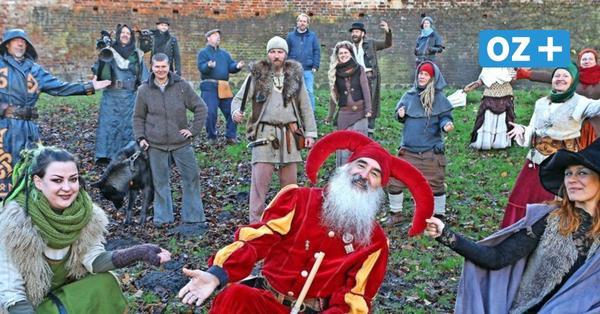 Kein historischer Weihnachtsmarkt in Rostock: Was die Gaukler in diesem Dezember machen
