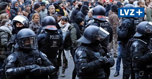 Warnschuss bei Corona-Protesten in Leipzig: Polizei fahndet nach Gewalttätern