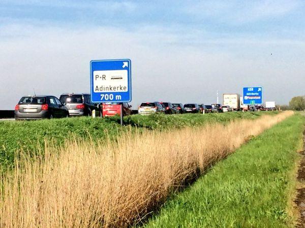 Le gouvernement flamand veut débloquer l'accès à Adinkerke - Vlaamse regering wil ontsluiting Adinkerke deblokkeren
