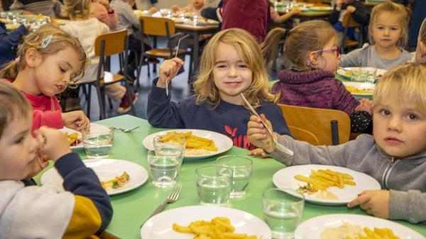 Des saveurs de plus en plus durables dans les assiettes des cantines - Steeds meer duurzame voeding in schoolrestaurants