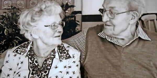 Freester Paar seit 70 Jahren verheiratet: Corona stellt sie vor neue Herausforderungen