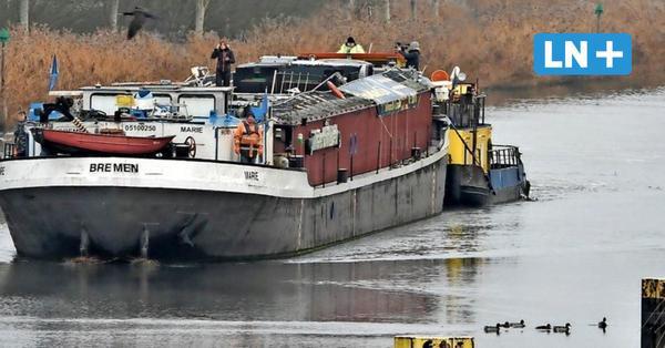 Lübeck: Theaterschiff fährt in die Werft nach Lauenburg