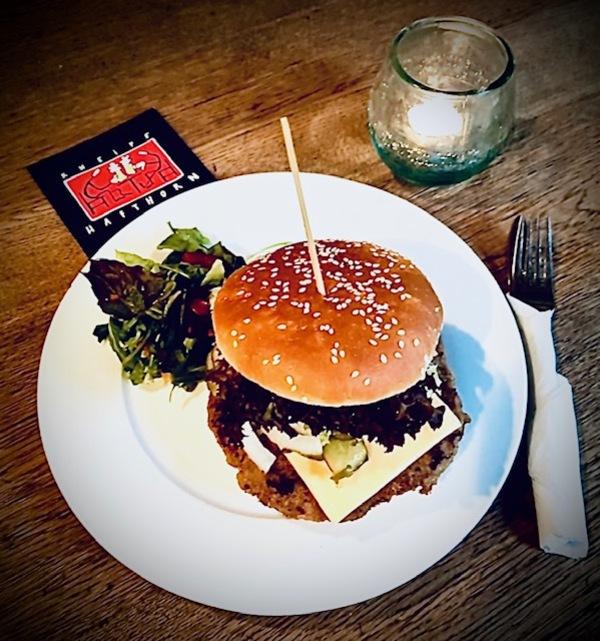 Cheeseburger aus dem Hafthorn: Legendär. Foto: Hafthorn