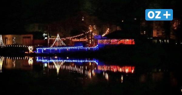 """Stralsunder """"Weihnachtsteiche"""": Darum schwimmen geschmückte Boote auf dem Knieperteich"""
