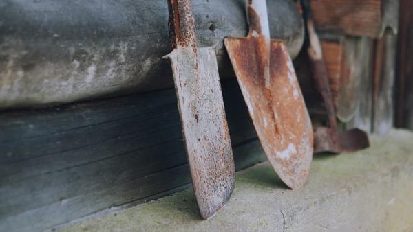 Building shovels