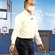 VW-Manager macht's vor: Springseil im Homeoffice