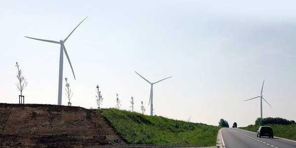 Ghislenghien: vent favorable pour un projet éolien  - Ghislenghien: gunstige wind voor windmolenproject
