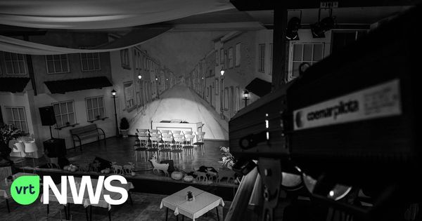 Le photographe Karl Vandewoestijne réalise une série sur le vide dans les restaurants et les cafés - Fotograaf Karl Vandewoestijne maakt reeks over leegte in restaurants en cafés