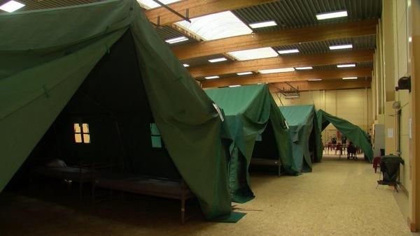 Tournai: La caserne St-Jean accueille des sans-abris covid-19 -Kazerne St-Jean in Doornik vangt daklozen op