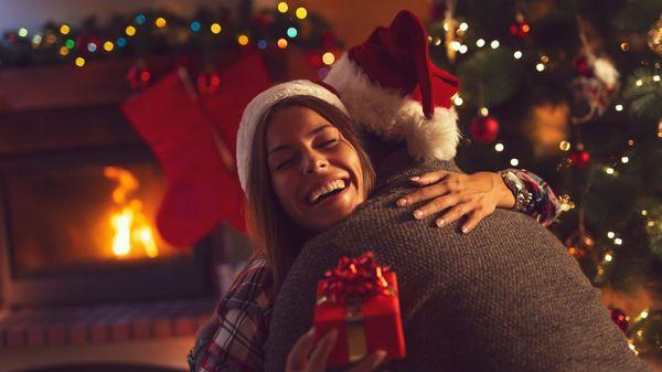 """""""O du fröhliche"""": So feiern Sie als Paar entspannt Weihnachten"""