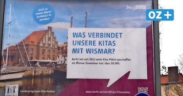 Berlin wirbt für Wismar: Warum die Hansestadt auf Tausenden Plakaten zu sehen ist