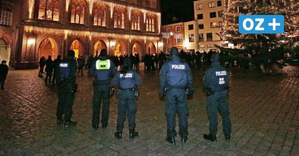 Illegale Coronademo in Stralsund: Frau verletzt Polizisten im Gesicht