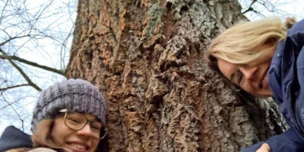 Auf Tuchfühlung mit der Greifswalder Natur: Umarme Bäume