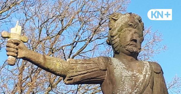 Roland-Statue in Bad Bramstedt zum zweiten Mal entwaffnet