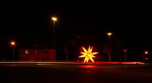 Stern in Stralsund (Kreisverkehr in der Richtenberger Ch.) (Foto: Anke Hanusik)