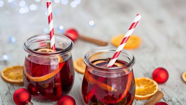 Glüh-Gin, heißer Hugo und mehr: Winterdrinks zur Weihnachtszeit