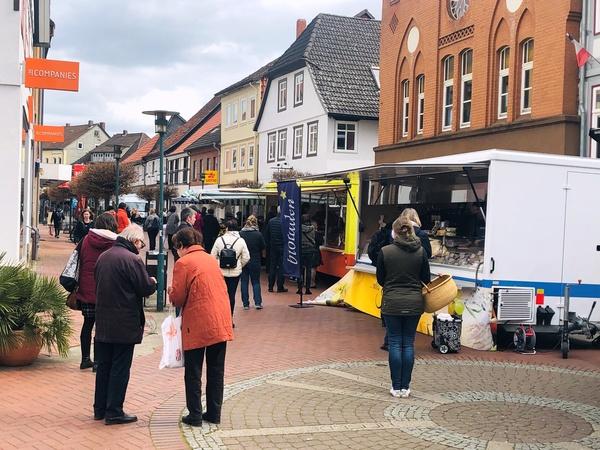 Die Sarstedter Fußgängerzone. (Foto: Vikoria Hübner)