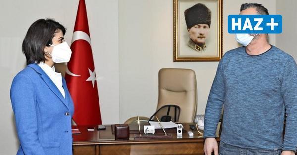 Hannover: Türkische Generalkonsulin dankt Taxifahrer für mutigen Einsatz