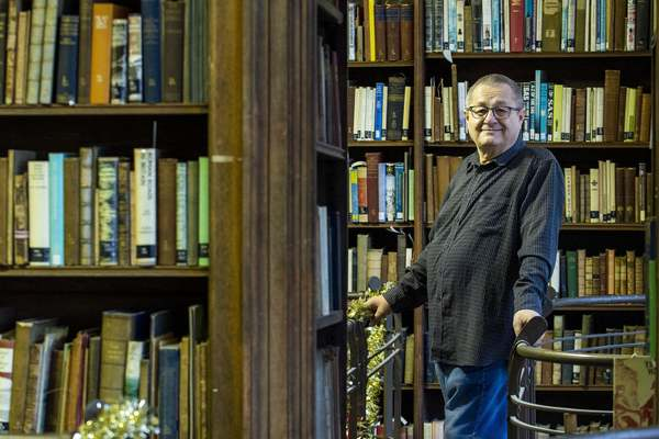 Meet the man who has worked in Edinburgh libraries for 50 years | Edinburgh News