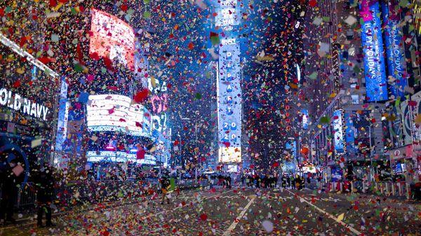 """Silvester 2020 im Liveticker: New York feiert mit Konfetti und """"Ball Drop"""" - aber kaum Menschen"""